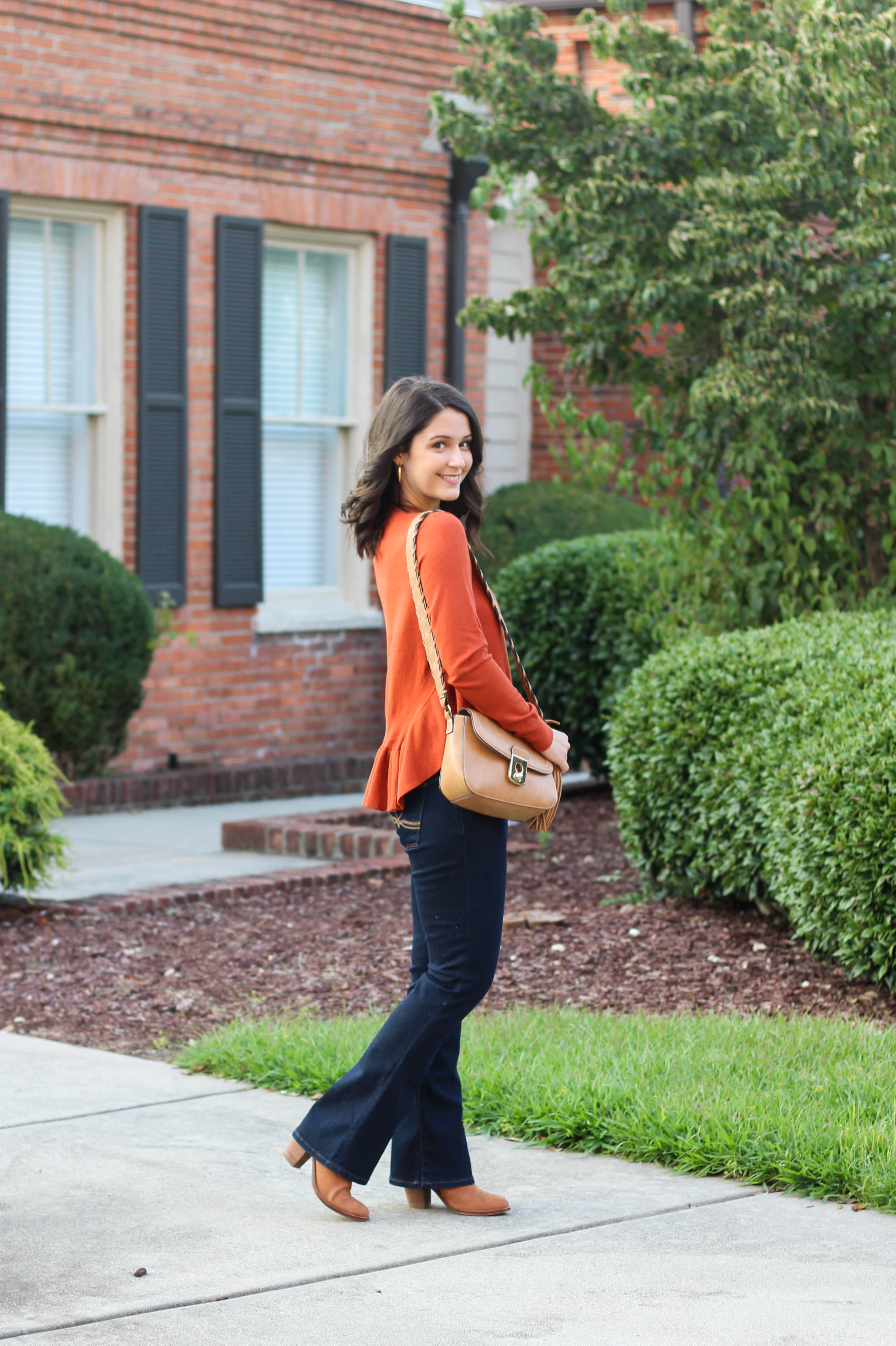 orangesweater10